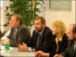 Андрей Санников, замминистра иностранных дел в отставке, 2003 год. Европейская Коалиция «Свабодная   Беларусь»